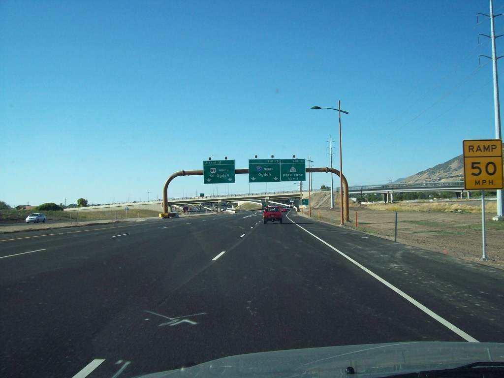 Northbound approaching northern terminus with US-89/I-15 interchange