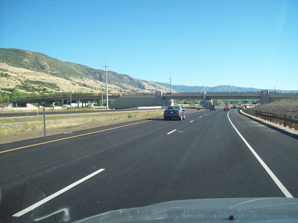 Southbound coming away from US-89/I-15 interchange